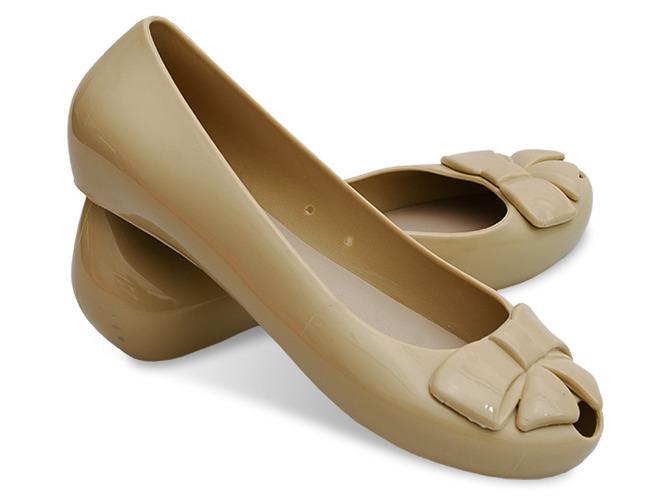 Beżowe sandały na szpilce Alicia